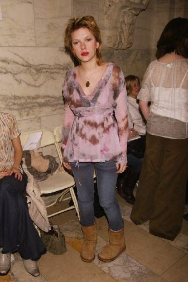 Scarlett Johansson cuando estaba abandonada de Dios. Foto:vía Getty Images