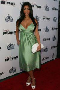 Kim Kardashian y todo su guadarropa. Foto:vía Getty Images