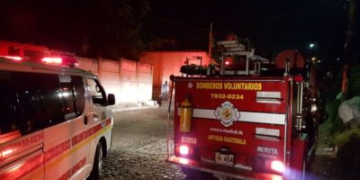 Incendio en San Pedro Las Huertas, Antigua Guatemala, marzo 2016