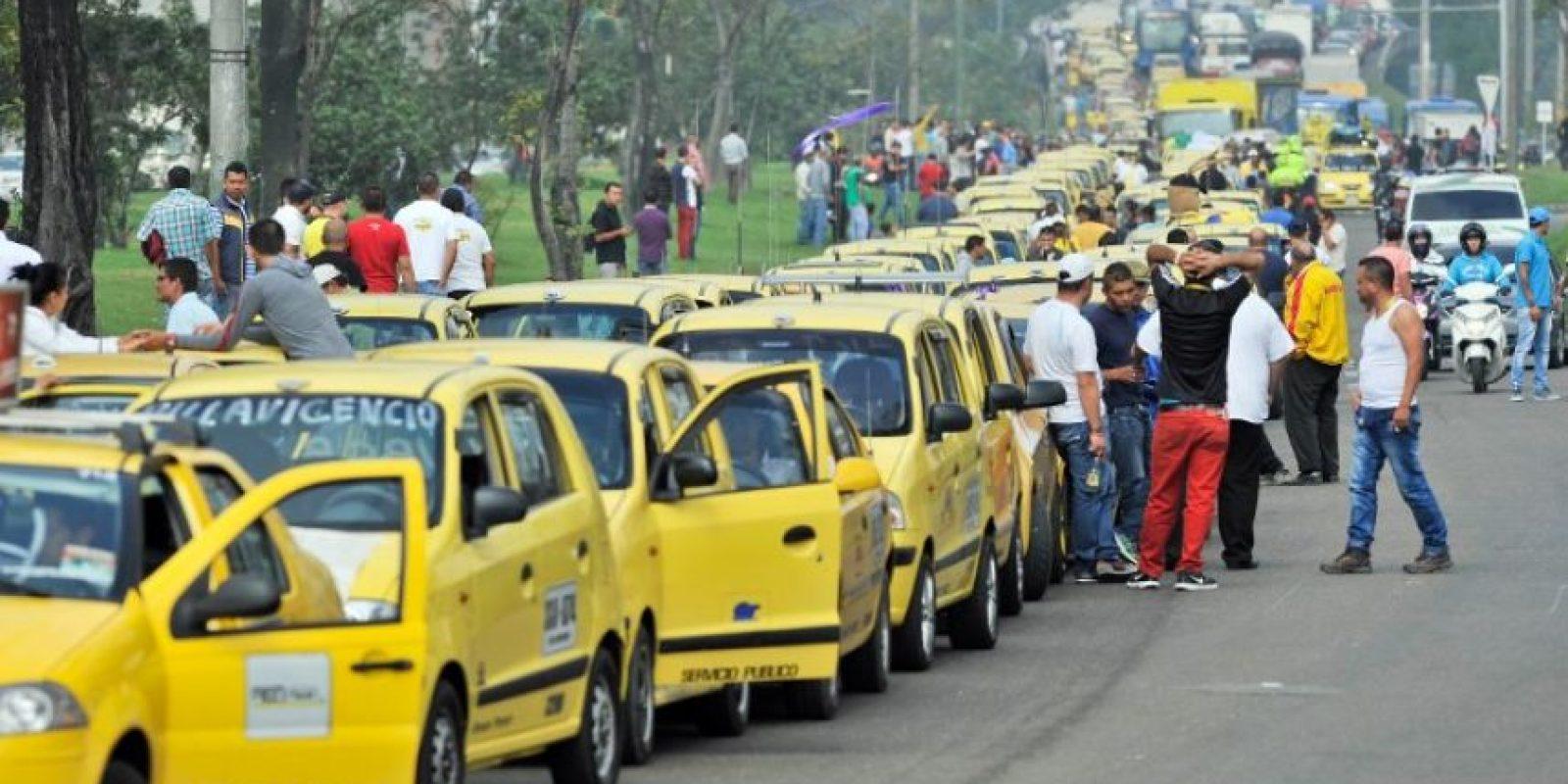 Varios sectores de taxistas relizaron paros en Bogotá, Colombia. Foto:AFP