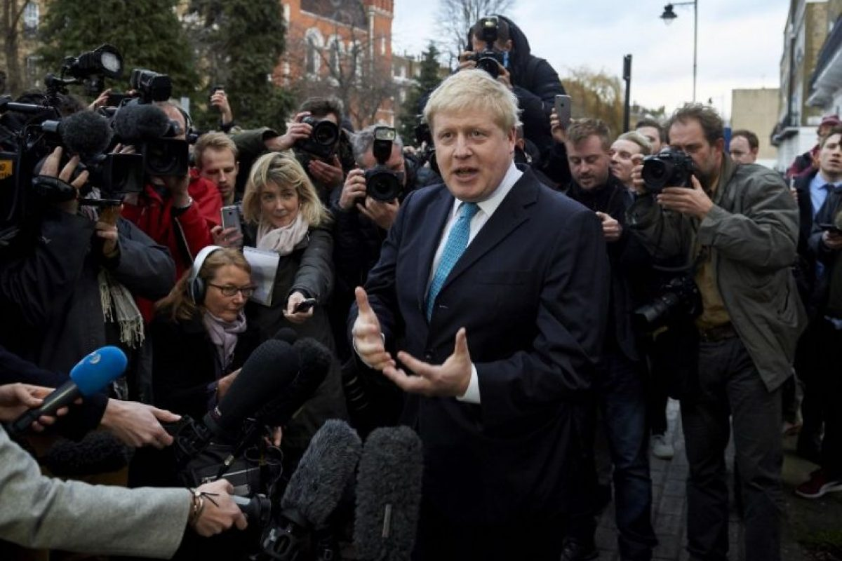 El alcalde de Londres, Boris Johnson, ante los medios de comunicación. Foto:AFP
