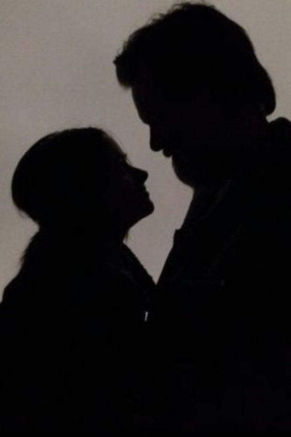 """Con esta foto se despidió Jim Carrey de su ex en Twitter. """"El amor no se pierde"""". Foto:vía twitter.com/jimcarrey"""