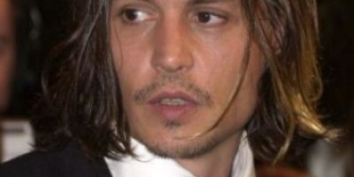 Video: Johnny Depp insulta a Donald Trump y lo imita