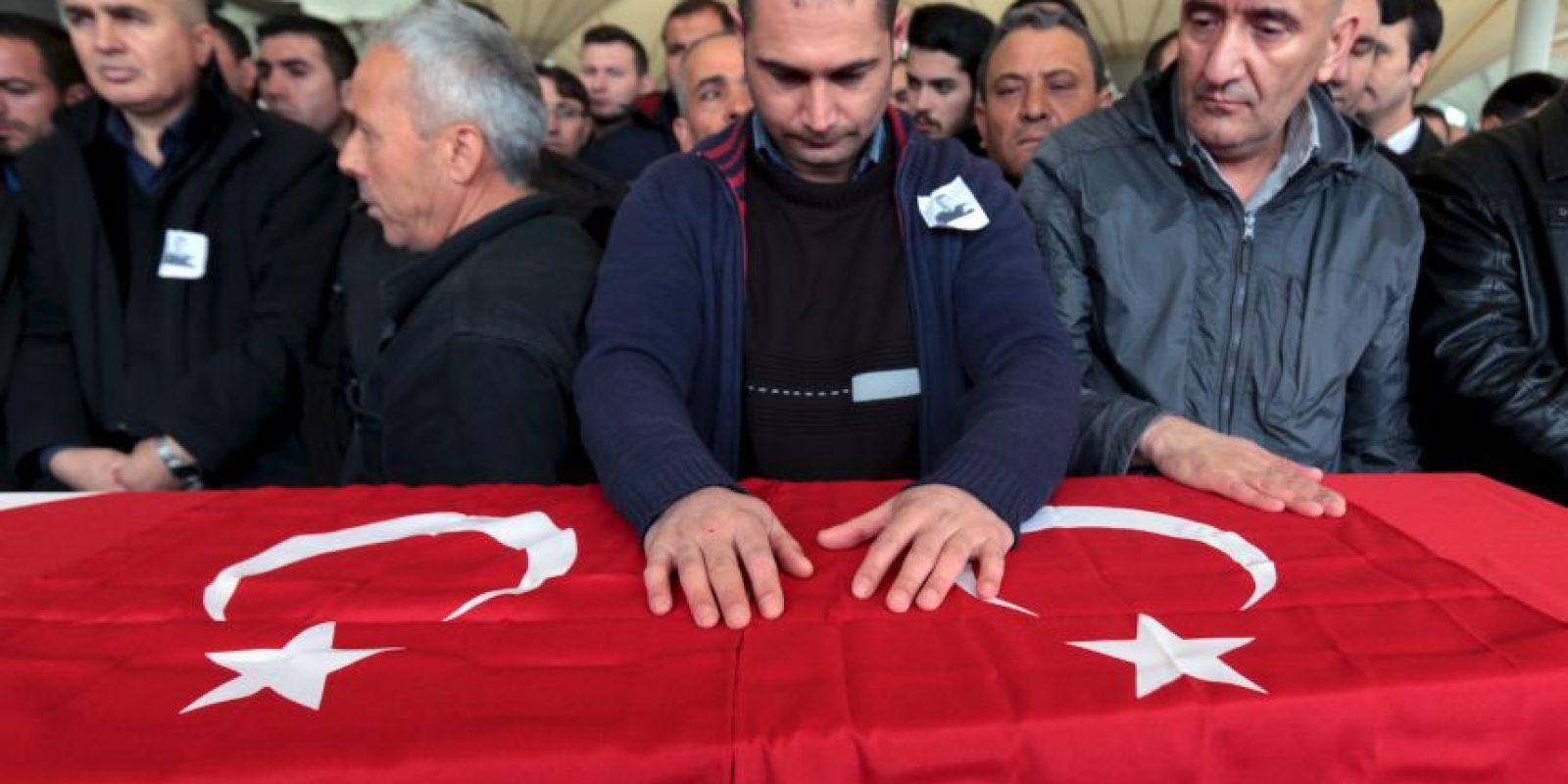 Turquía apunta a una suicida kurda como autora de la matanza. Foto:AP