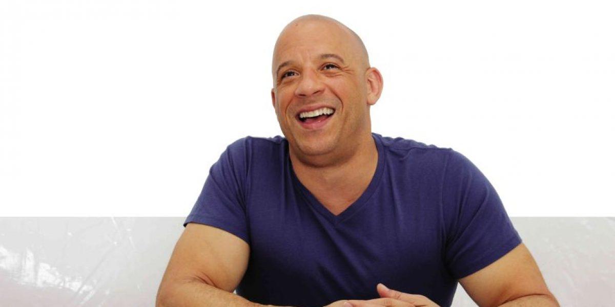 ¿Qué le pasó a Vin Diesel que usó un extraño look en la playa?