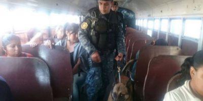 PNC revisa buses y microbuses en busca de bombas