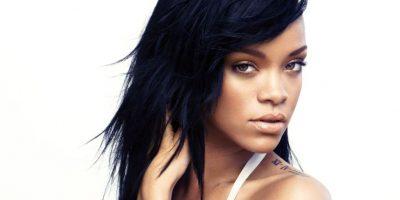 Rihanna seduce a sus fans con estos sexis atuendos en el escenario