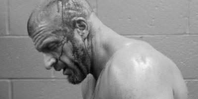 El castigo del samoano le abrió la cabeza Foto:WWE