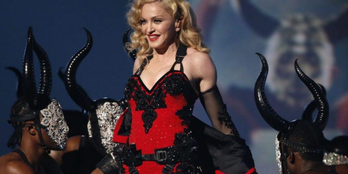 Madonna expuso el seno de una fan en el escenario