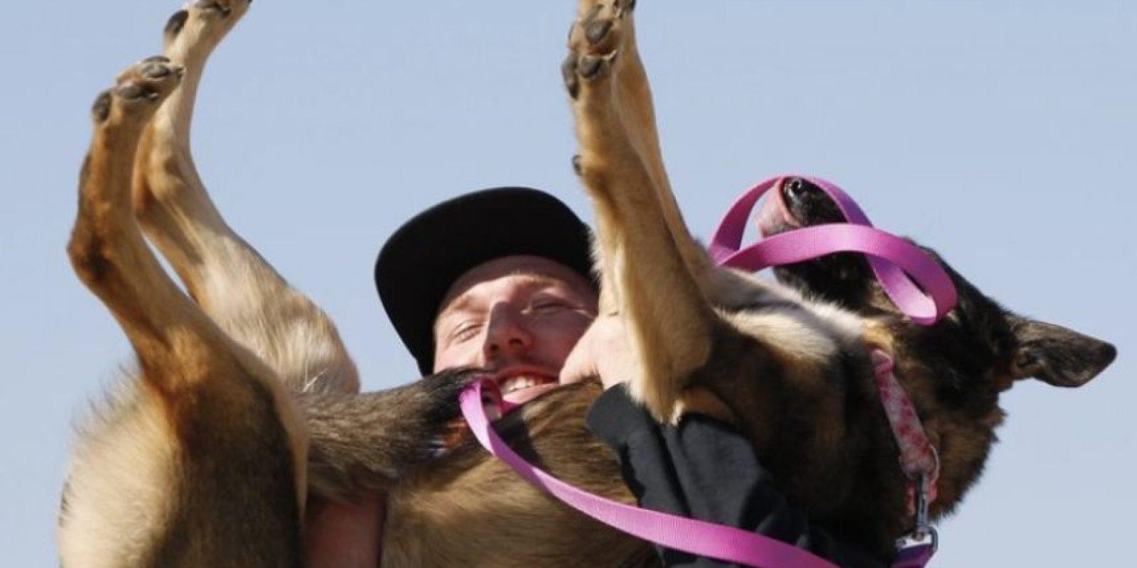 Así fue el emotivo momento donde Nick recuperó a Luna Foto:Vía San Diego Unión Tribune