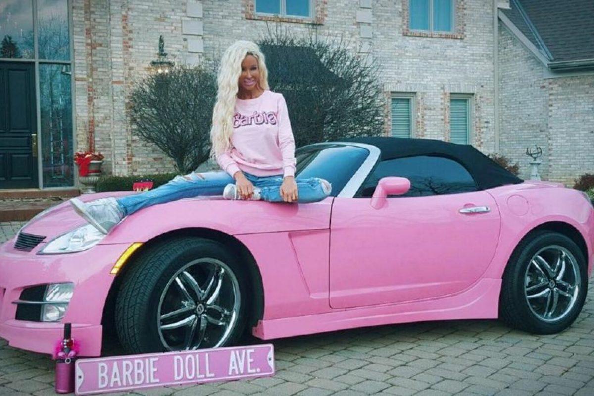 """Su nombre es Nannette Hammond y quiere ser una """"Barbie humana"""" Foto:Vía instagram.com/nannette_hammond/"""