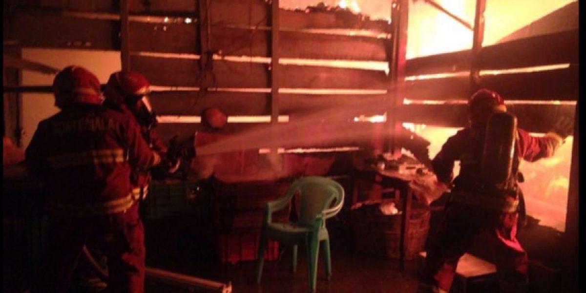 GALERÍA: Incendio de grandes proporciones en La Terminal