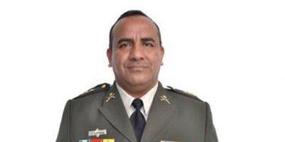 Ministro de la Defensa destituye a su vocero Hugo Rodríguez