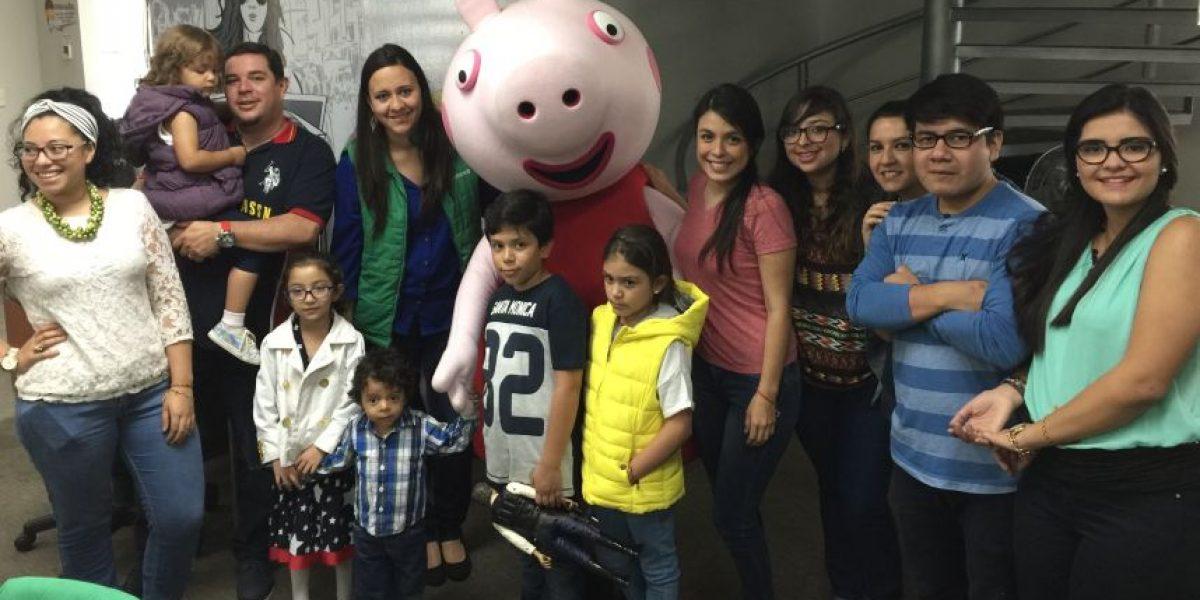 Peppa Pig visita Publinews para promocionar su show en Guatemala