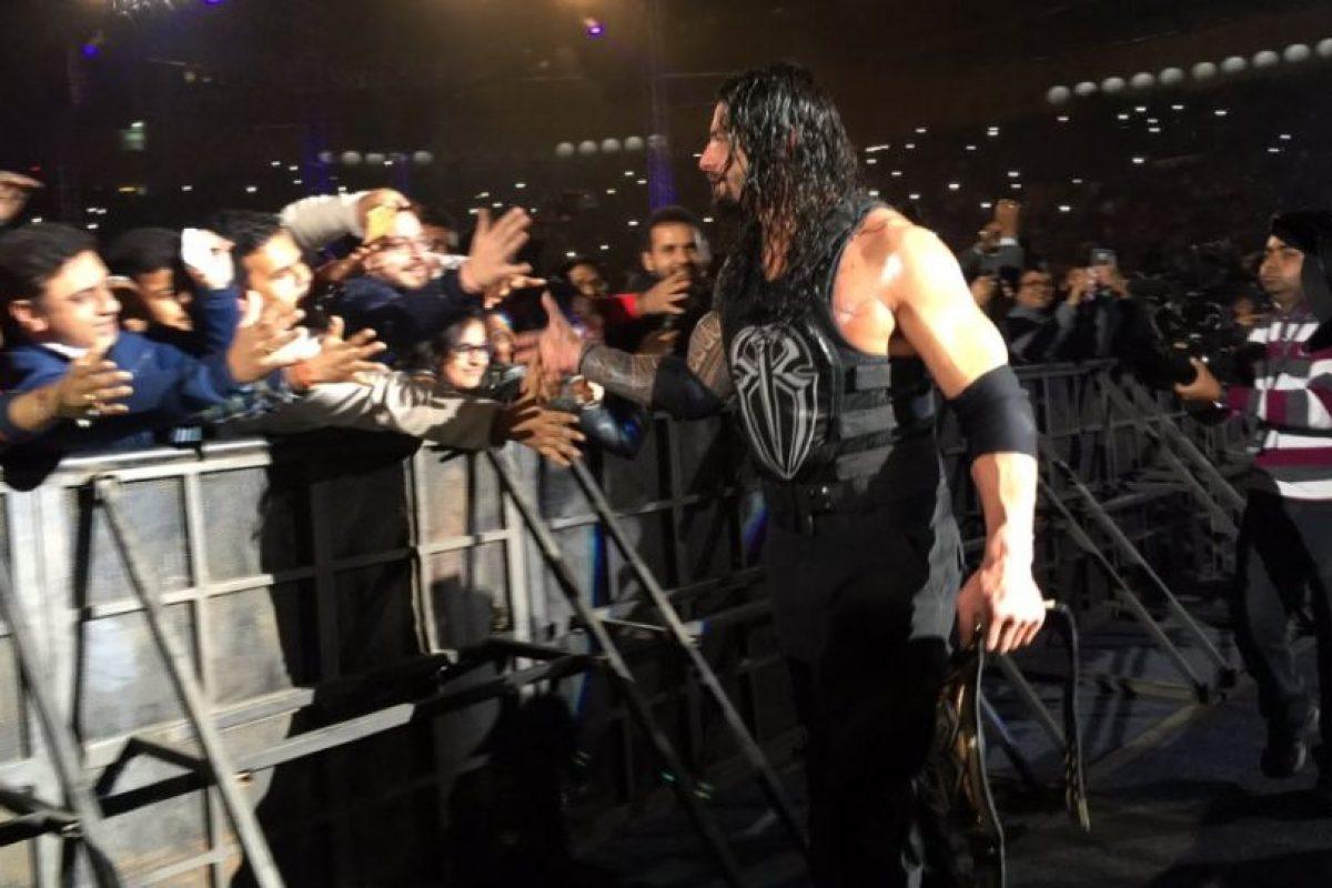 En ese tiempo formó parte del Escudo, junto a Dean Ambrose y Seth Rollins Foto:Vía twitter.com/WWERomanReigns