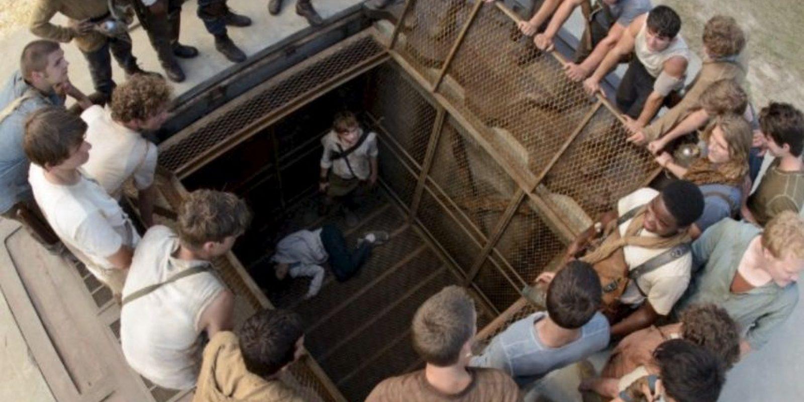 En la que se narran las vivencias de un grupo de jóvenes que intentan sobrevivir a un mundo postapocaíiptico… Foto:IMDB