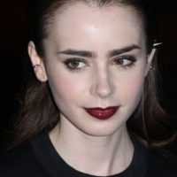 Lily Collins los copia. Foto: vía Getty Images