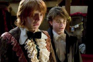 """Para la filmación de la película """"Harry Potter y el prisionero de Azkaban"""", el director Alfonso Cuarón pidió que los protagonistas escribieran un ensayo sobre sus personajes, pero Grint no lo escribió. Foto:vía Facebook/Harry Potter The Movie"""