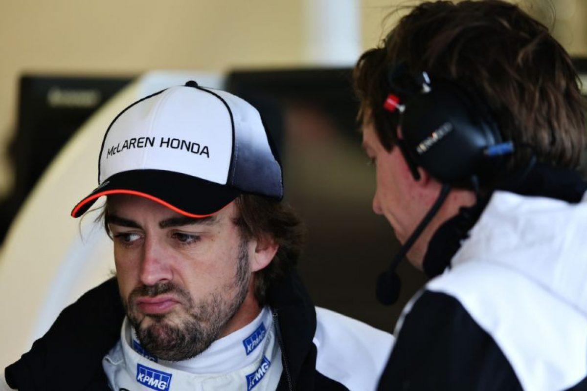 Fernando Alonso durante el Gran Premio de Australia Foto:Getty Images