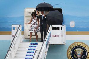 El momento en el que Obama llegó a la isla Foto:Getty Images