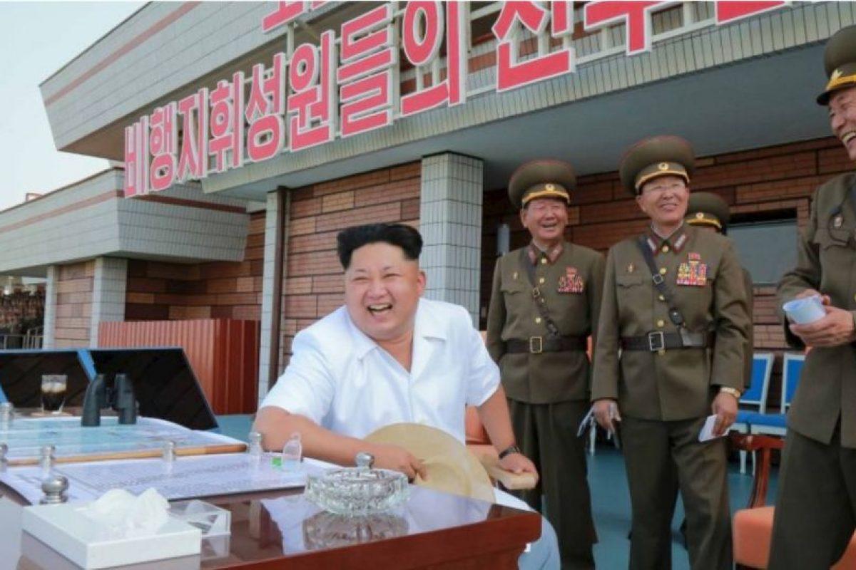 """El artículo publicado en el periódico estatal """"Pyongyang Times"""", y citado por medios internacionales como """"The Guardian"""", afirma que la fábrica de alimentos Taedonggang creó una bebida a la que le sustituyeron azúcar por arroz glutinoso, el cual mejora el sabor y elimina la sensación de resaca. Foto:AFP"""