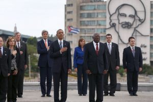 En su segundo día en La Habana, Obama visitó la Plaza de Revolución. Foto:Getty Images