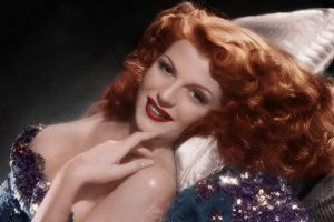"""Rita Hayworth se hizo ícono en la Segunda Guerra Mundial por su película """"Gilda"""". Foto:vía Getty Images"""