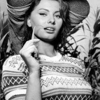 """Sophia Loren sufrió los rigores de la Segunda Guerra Mundial. Esto inspiraría su oscarizado papel en """"Dos Mujeres"""". Foto:vía Getty Images"""
