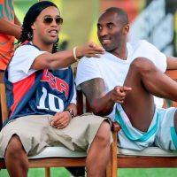 Disfruta de momentos al lado de famosos como el basquetbolista Kobe Bryant Foto:Vía instagram.com/ronaldinhooficial