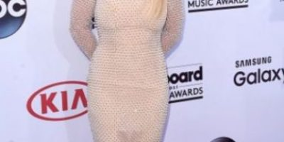 Britney Spears presume bikini y fans piensan que es Photoshop