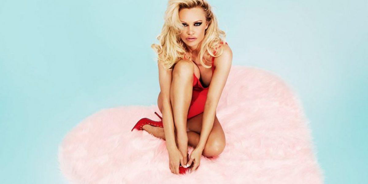 """Fotos. Pamela Anderson vuelve a vestirse de """"Baywatch"""""""