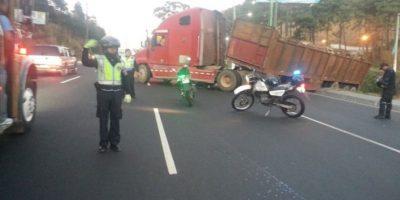 Precaución, accidente en Villa Nueva dificulta paso hacia el sur