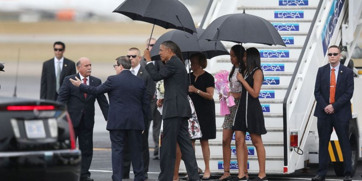 Así disfrutan la visita a Cuba las hijas de Barack Obama
