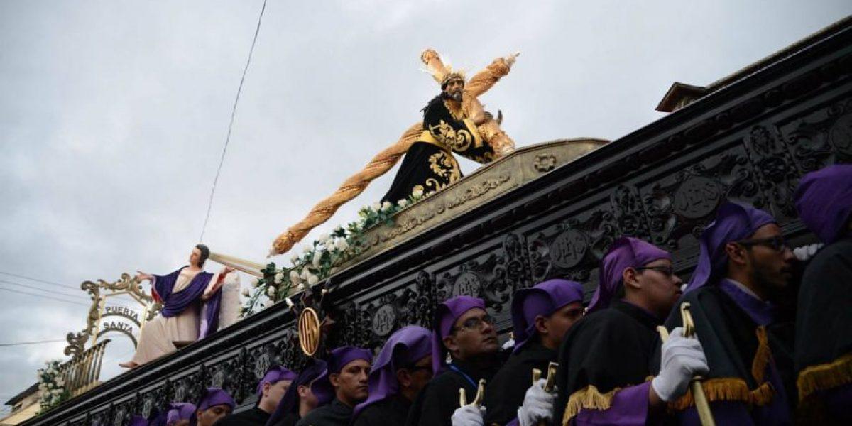 Jesús de las Tres Potencias salió en procesión de la Parroquia Vieja