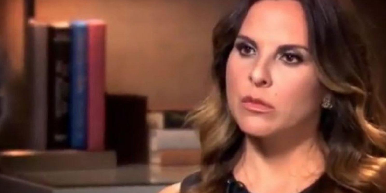 """""""No soy la única que se textea con él [Chapo]. ¿Por qué no sacan los textos de otras personas? ¿Por qué nomás me persiguen a mí y no a Sean Penn y a los otros productores?"""" Foto:vía CNN"""