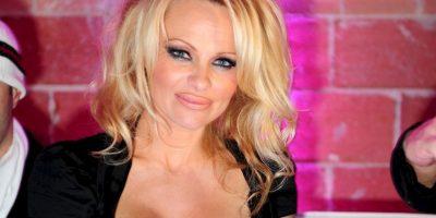 Pamela Anderson solo se transformó cuando comenzó a ser una estrella. Foto:vía Getty Images