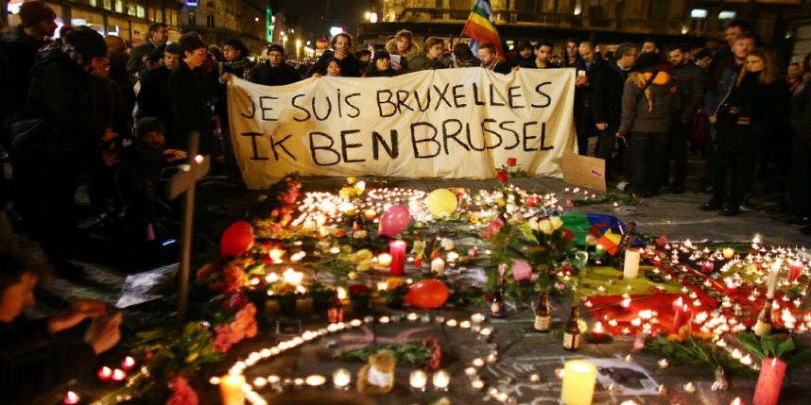 Francia se solidarizó con el pueblo belga. Foto:Getty Images