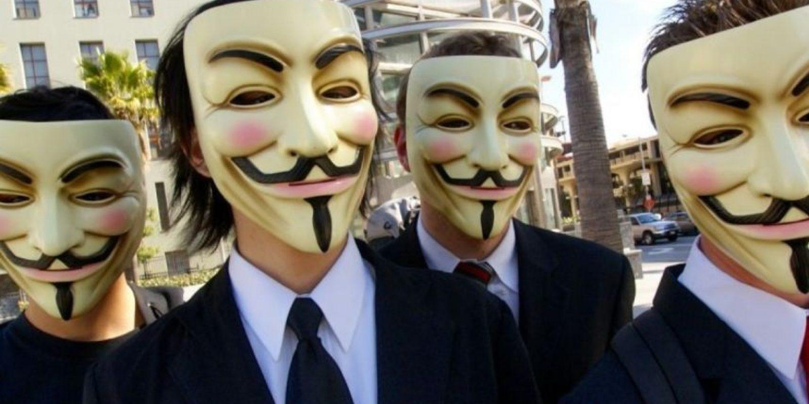 """En las manifestaciones que han realizado y en los videos que divulgan se les ve con la máscara de Guy Fawkes, que se popularizó en la película """"V for Vendetta"""". Foto:Wikipedia Commons"""