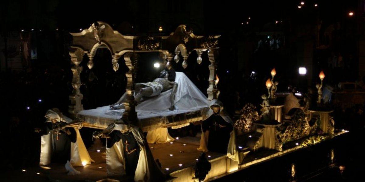 EN IMÁGENES. El Cristo de la Penitencia de La Recolección realizó piadoso recorrido