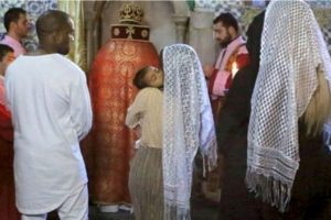 En su visita a Jerusalén, aprovechó para bautizar a su hija mayor North West Foto:vía instagram.com/kimkardashian