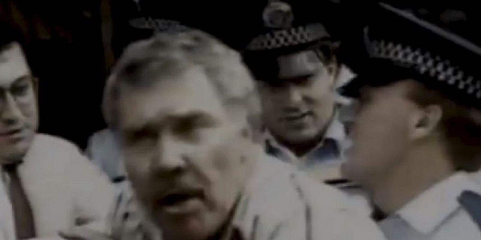 Este hombre acusó a los policías de tocar su pene durante el arresto. Foto:Imgur