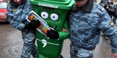 Green Peace también puede ser incómodo para la autoridad. Foto:Imgur