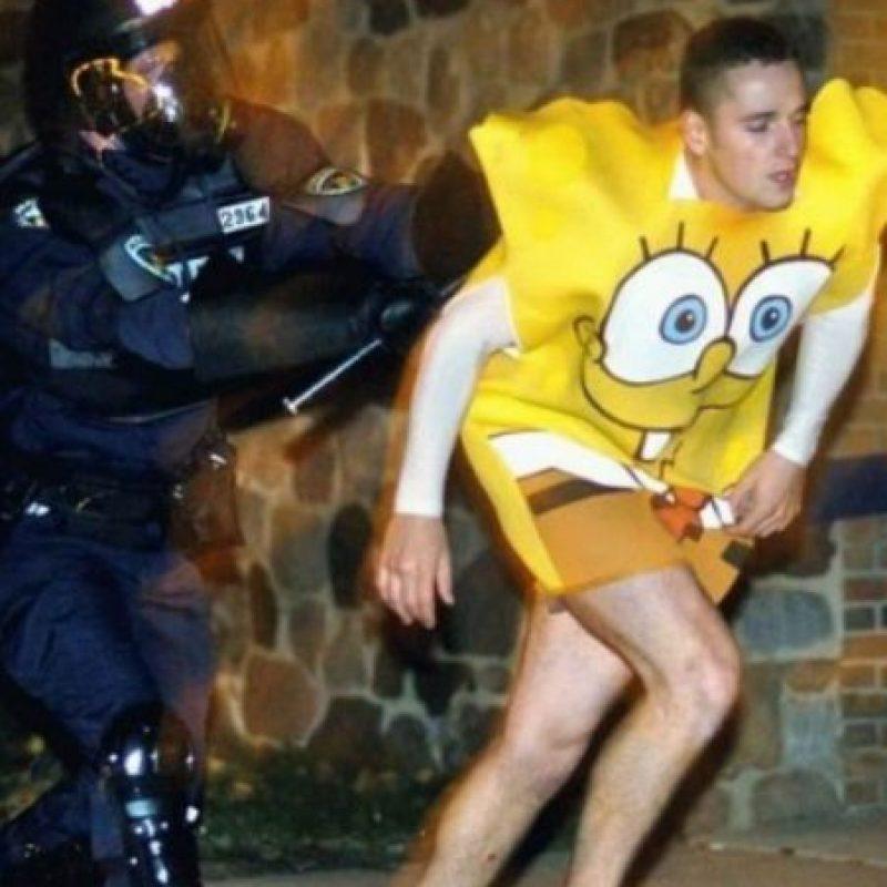 """""""Bob Esponja"""", ¿un delincuente? Foto:Imgur"""