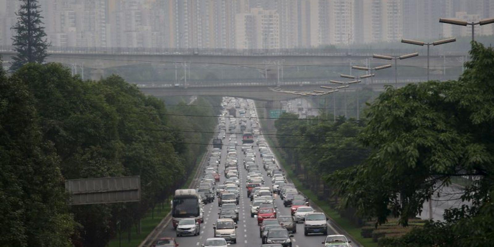 Chengdu, China. El nivel de congestión alcanza un 41 por ciento de tiempo de viaje extra. Foto:Getty Images