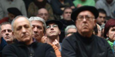 ETA exige más presencia en el País Vasco, España, para solucionar conflicto político