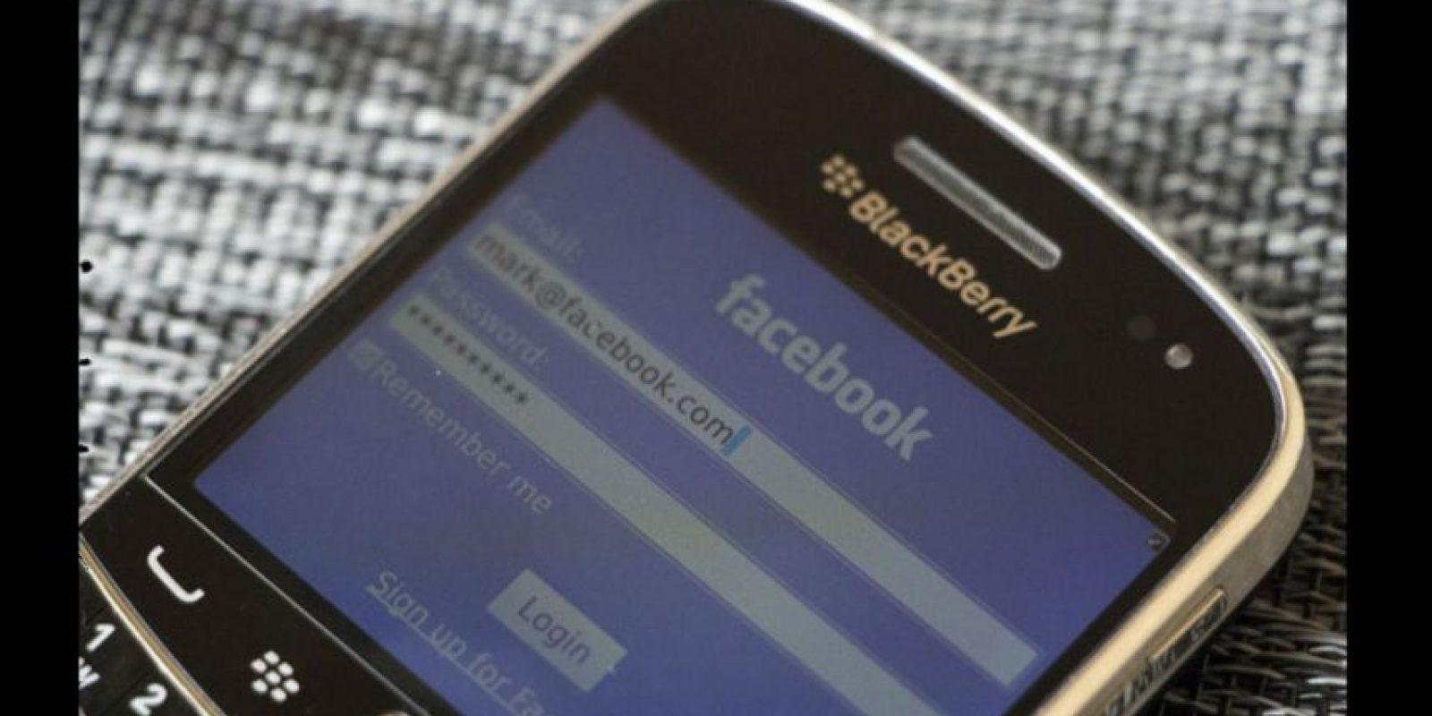 Facebook anunció que retirará su app de BlackBerry a más tardar el 31 de marzo. Foto:tumblr.com