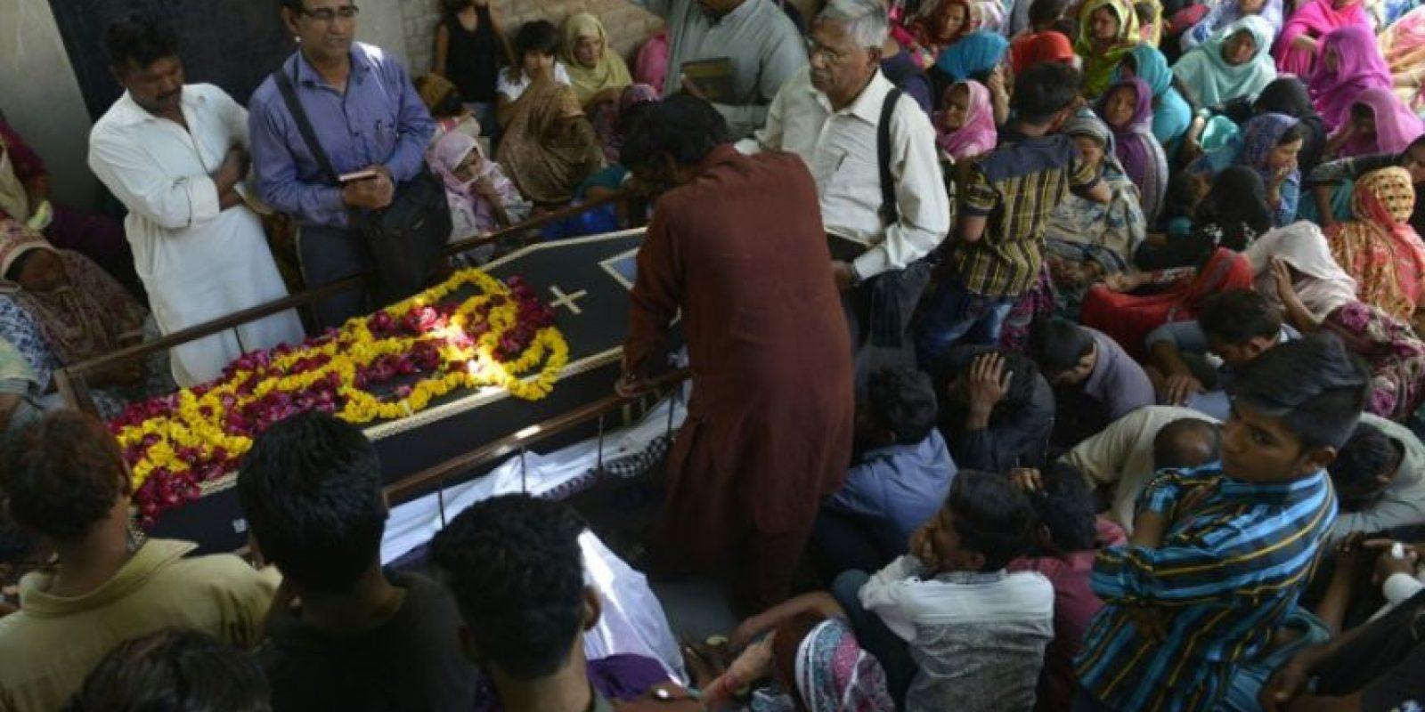En cada entierro se ven lagrimas y lamentos. Foto:AFP