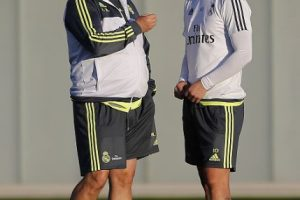 """¿Rafa Benítez tiene """"algo"""" contra los futbolistas colombianos? Foto:Getty Images"""