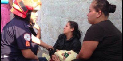 Bebé fallece en la calle cuando su mamá lo llevaba a pie al hospital