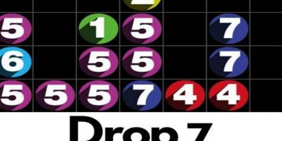 7.- Drop 7. Conforme vayan apareciendo los números en una tabla 7×7, tienen que hacerlos desaparecer haciendo coincidir el número de espacios en horizontal o vertical con el propio número. Foto:Drop 7
